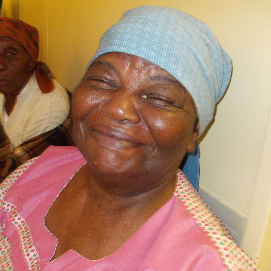 Esna, a teacher from Botswana who was able to enjoy her love for reading again after cataract surgery