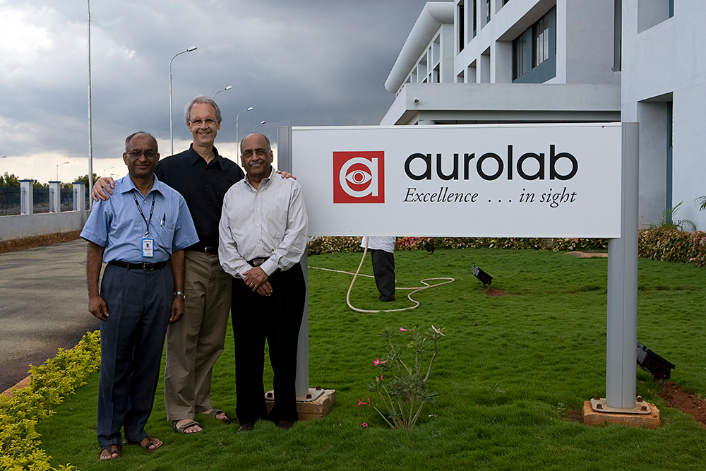 Dr. Chandra and Aurolab employees