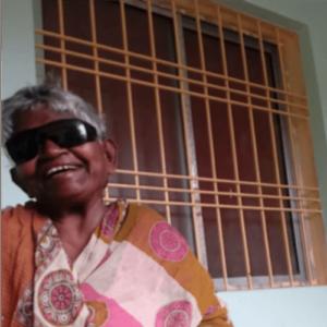Jatani Received her Cataract